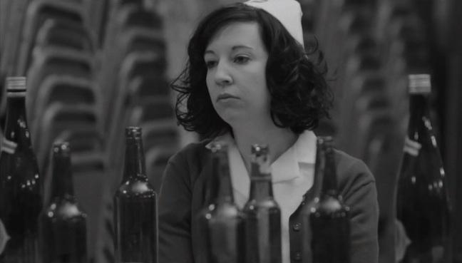 Beirut de blanco y negro en su nuevo videoclip