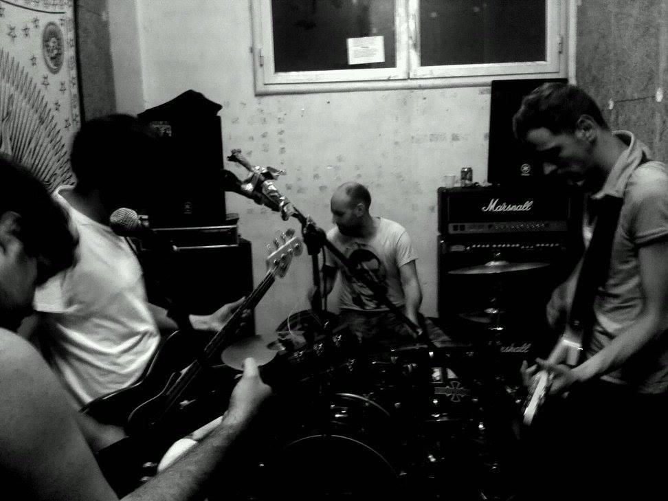 Banda Muerta – Solos En El Mundo (2017)