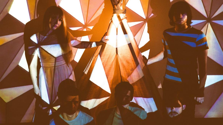 Corbu: el lienzo musical de Jonathan Graves