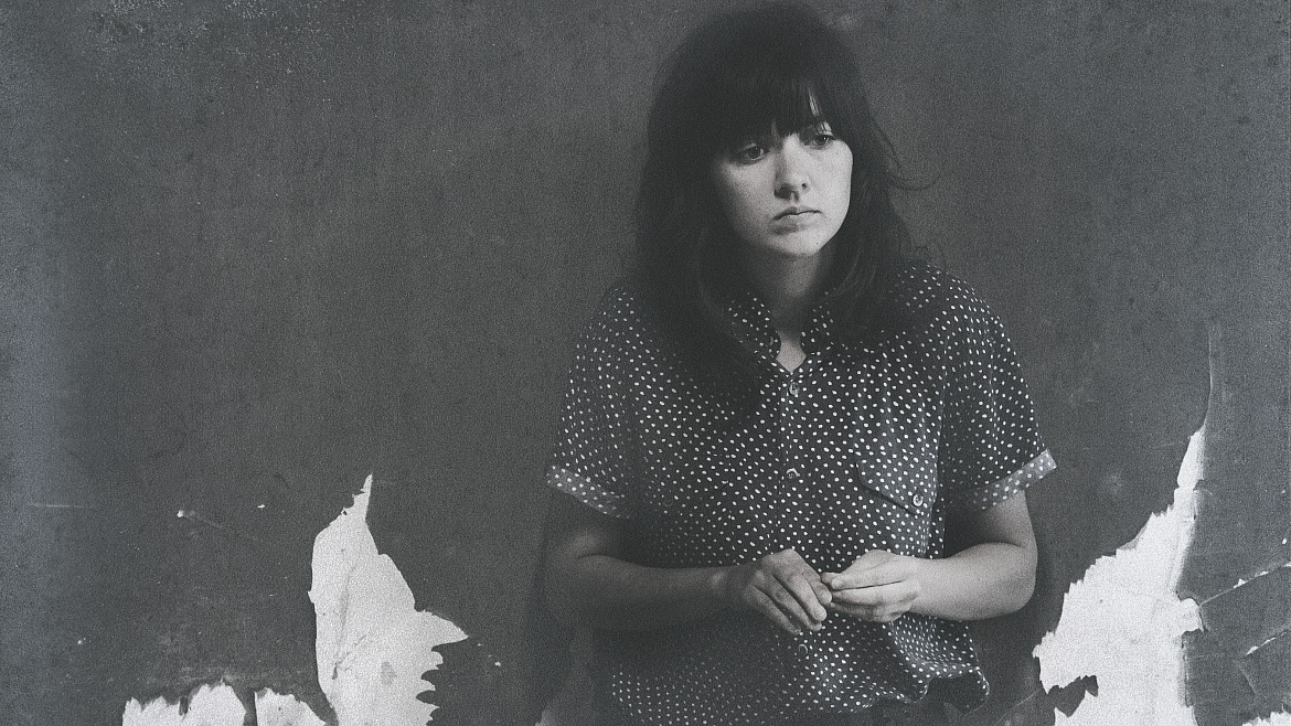 Courtney Barnett homenajea a Archie Roach en 'Carchoal Lane'