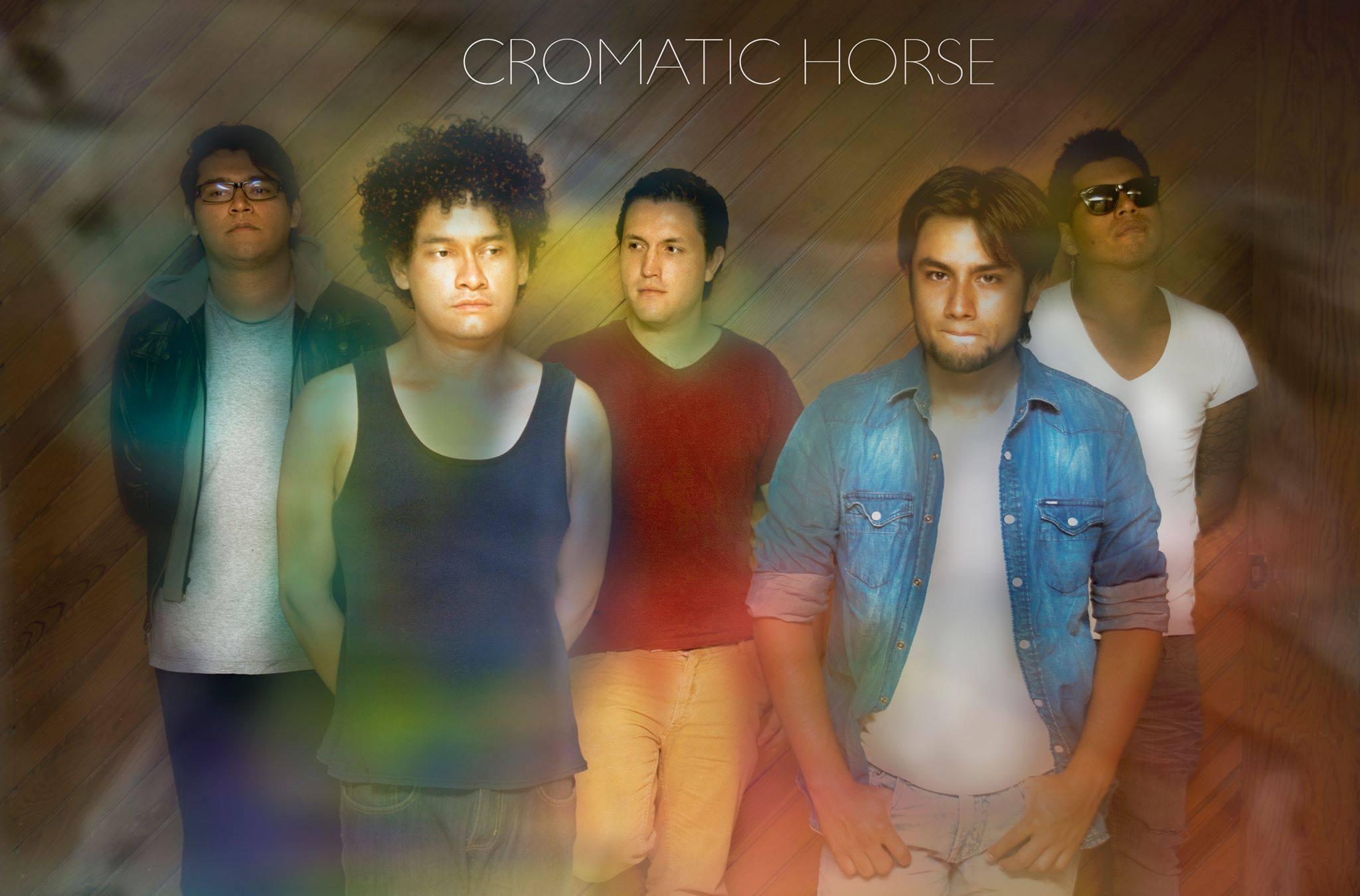 Cromatic Horse y su feliz explosión de colores