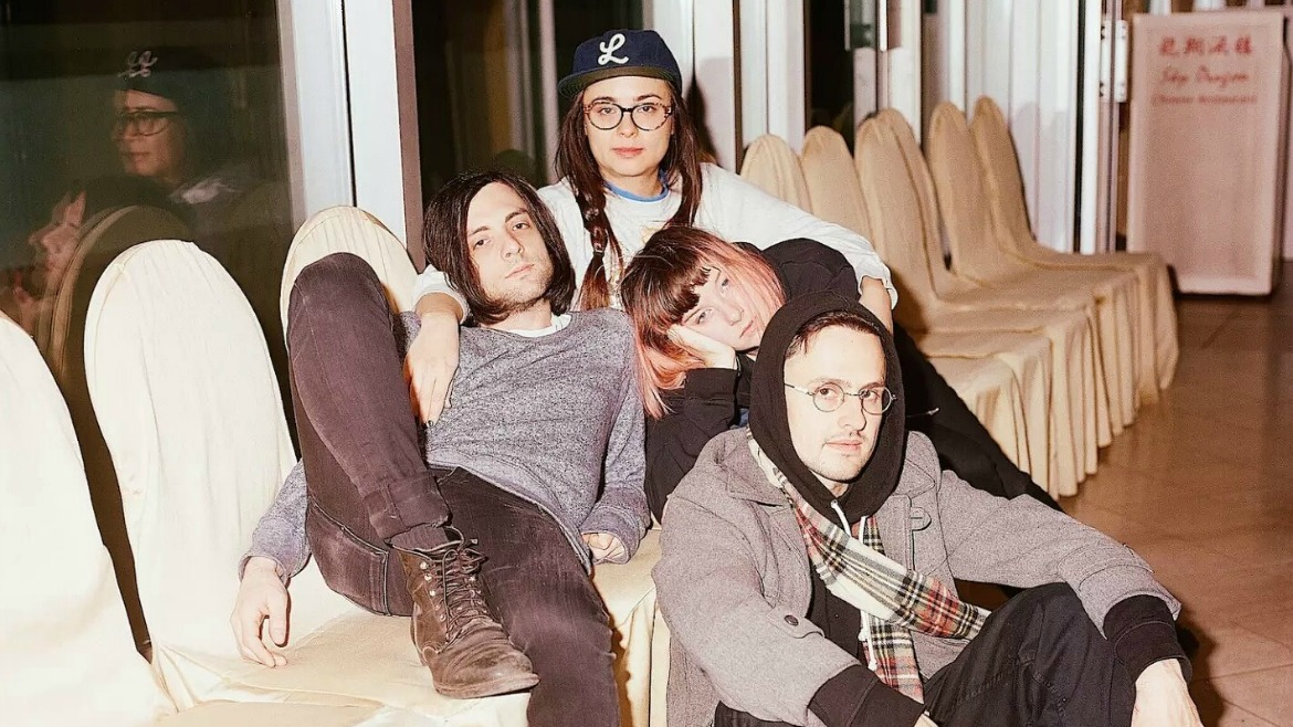 Dilly Dally estrenan vídeo para Snakehead