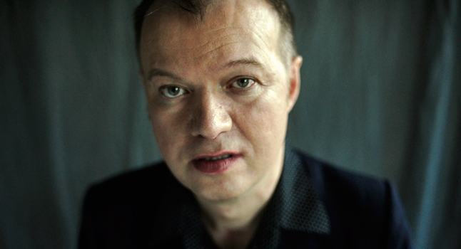 Edwyn Collins adelanta single