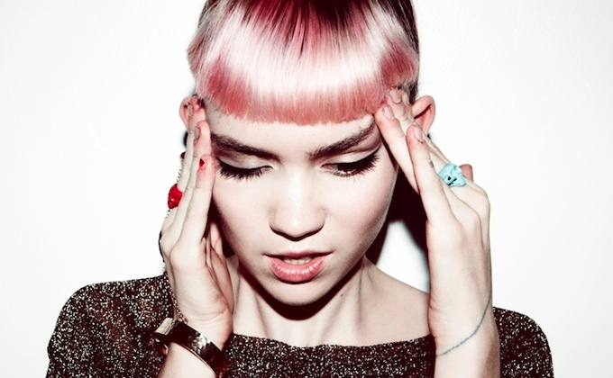 [PS12] Grimes. La escalada que no cesa