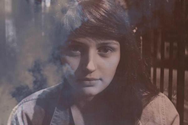 Alana McArdle (Joanna Gruesome) crece en solitario con Ides