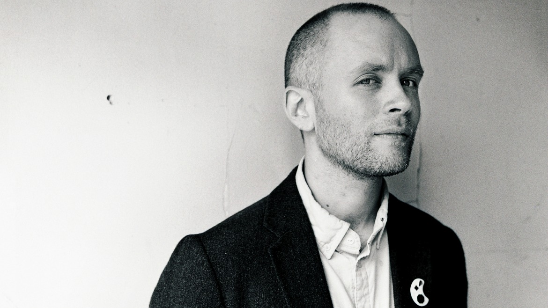 Jens Lekman inaugura su ciclo de canciones Postcards