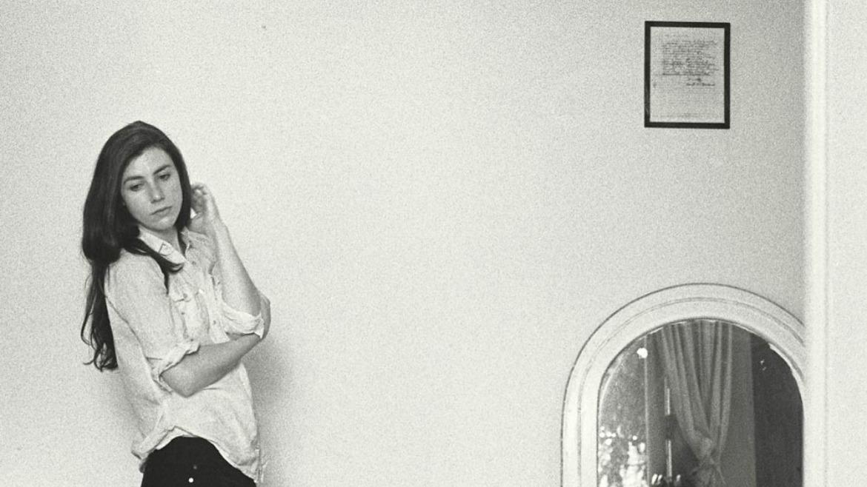 Julia Holter estrena vídeo para 'Silhoutte' y graba sesión para KEXP