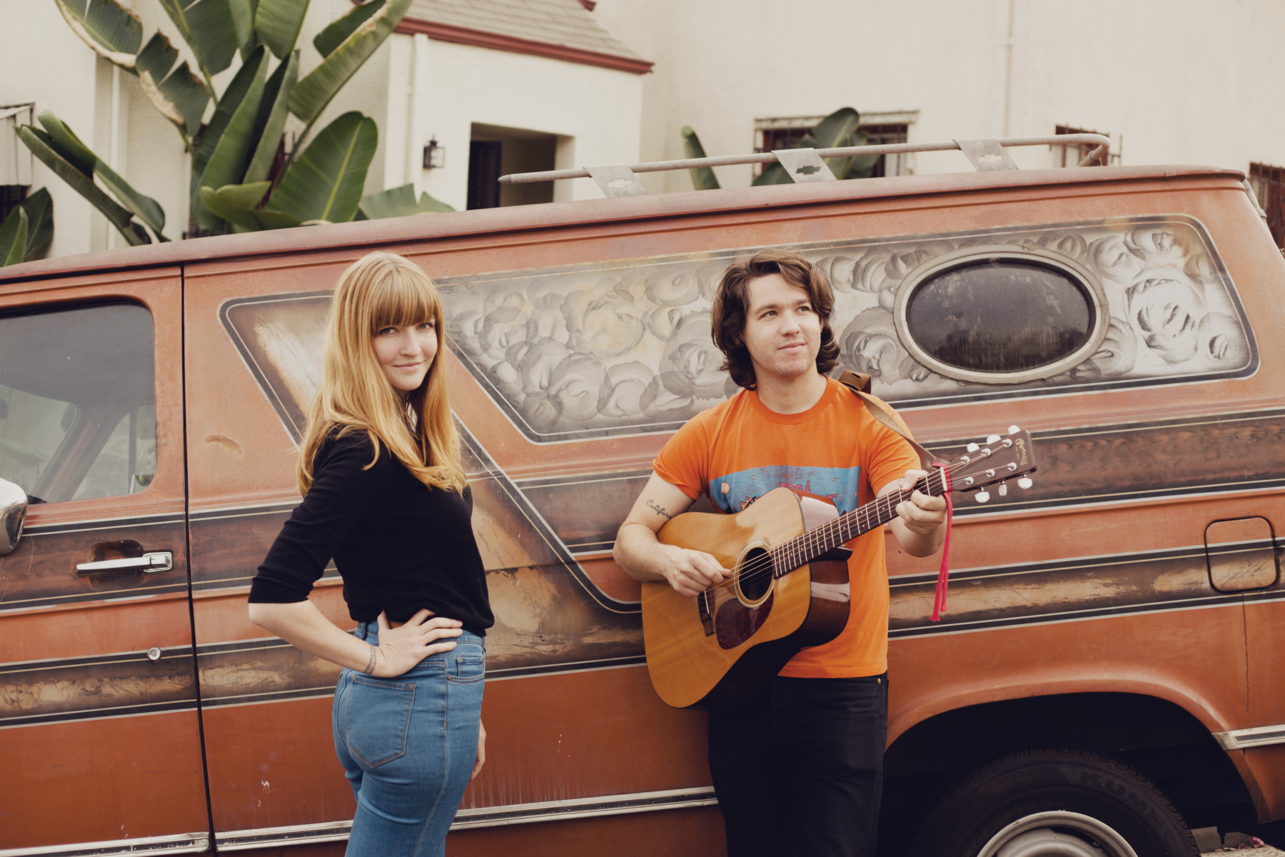 La Sera anuncia nuevo disco, Hour Of The Dawn