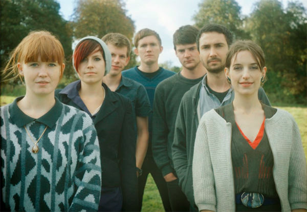 Los Campesinos!, con Dry The River para Budweiser
