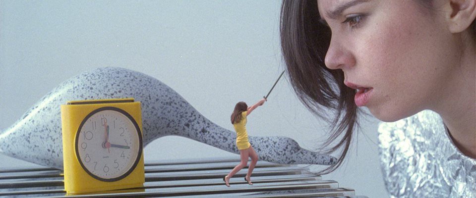 Javiera Mena estrena el videoclip de Espada