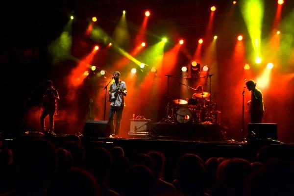 Pròxims 2013: la gran sala de espera del concierto de Manel