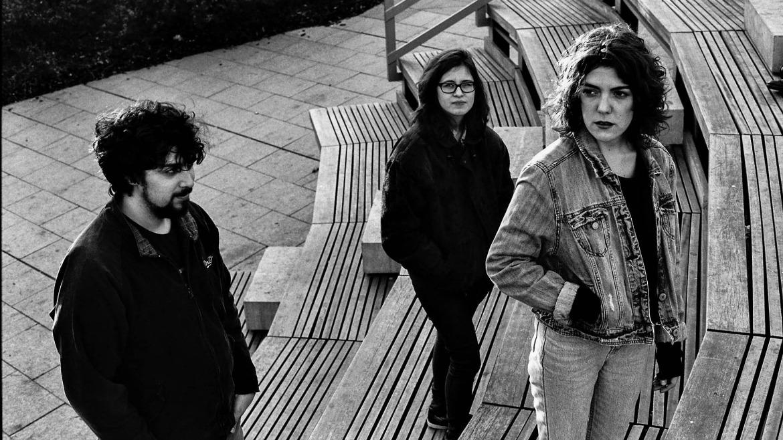 Estrenamos 'Fantasmes', nuevo single de Mendra