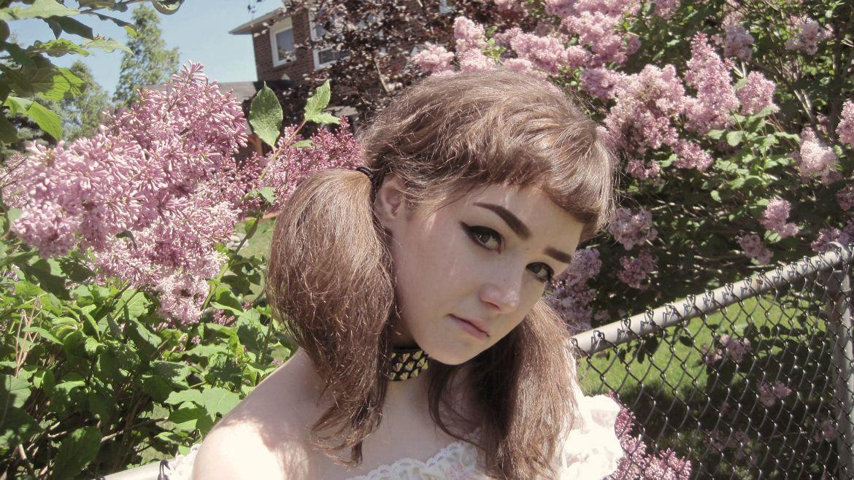 Grimes impulsa el colectivo Eerie Organization (y anuncia el debut de Nicole Dollanganger)