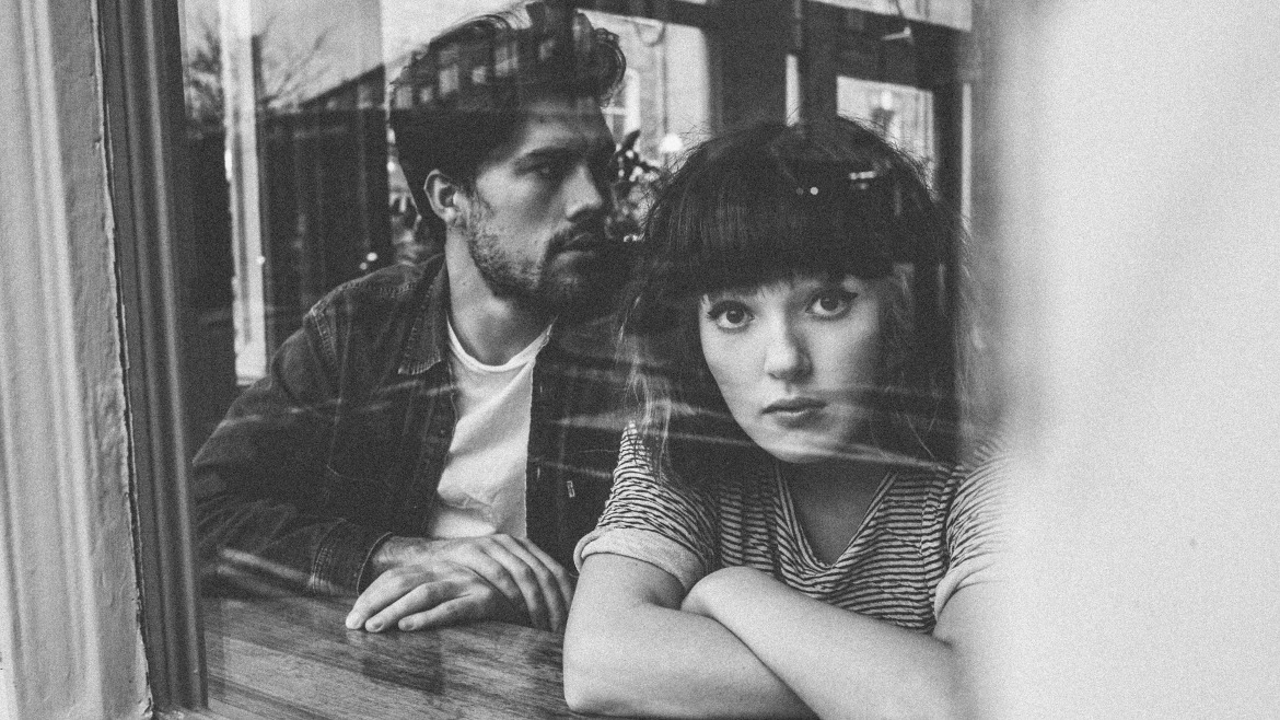 Oh Wonder estrenan White blood