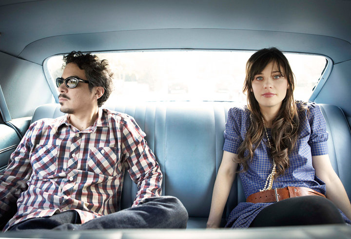 She & Him estrena single para Volume III