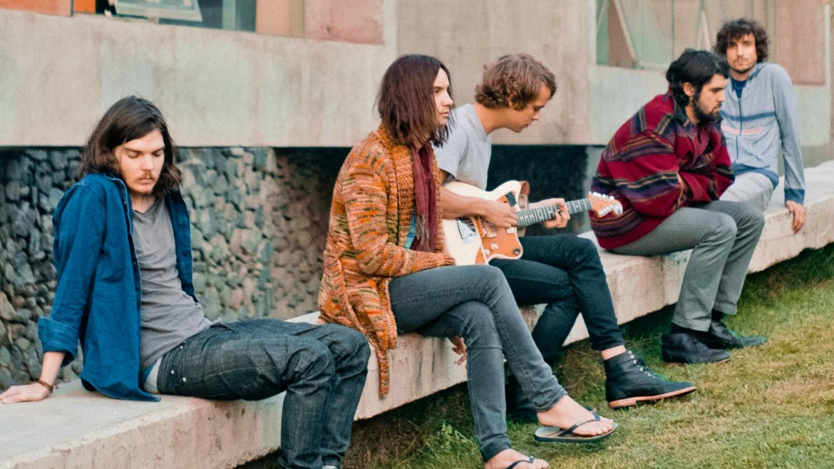 Tame Impala: miedo a volar con Let It Happen