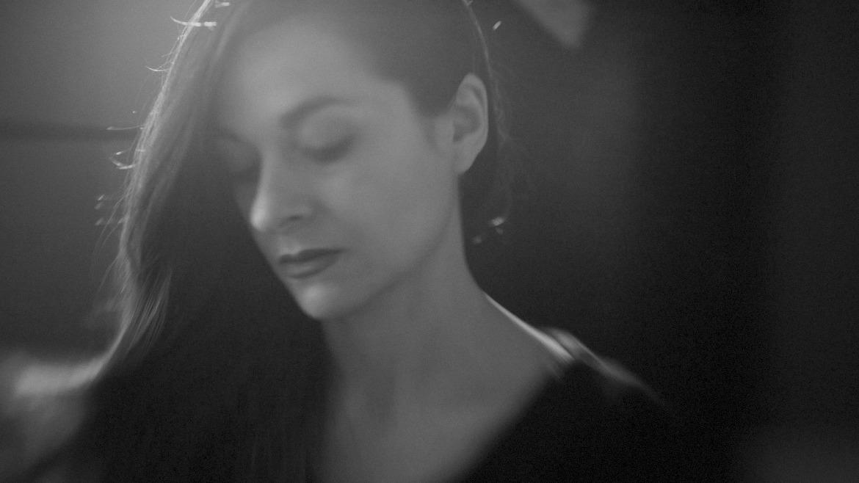 Ainara LeGardon nos desgrana su vídeo para Last day