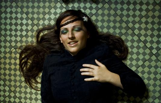 Fanny Roz, en Luchador Records el 21 de Febrero