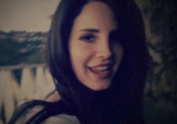 Lana del Rey, gira a golpe de cover